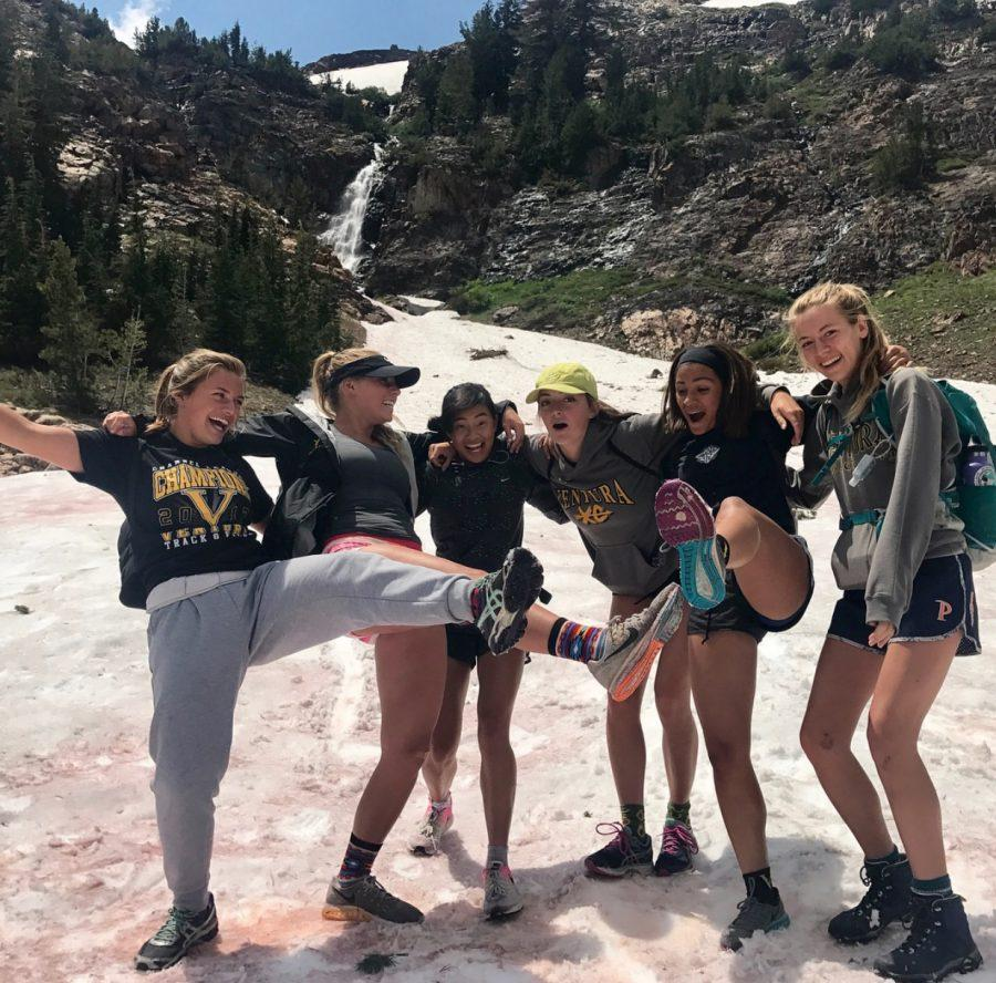 From left to right: juniors Autumn Brown, Caitlin Espetia, Alisann, River Winn, Claire Ortiz, and Kate Marsden after a long run in Mammoth.  PHOTO BY: @kate.marsden