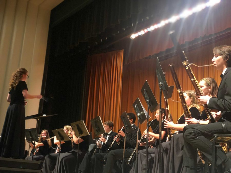 The last note of the year: VHS Music performs 2018-2019's final concert