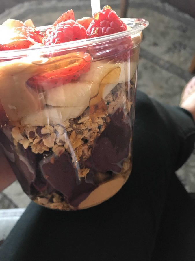 My+personal+favorite+is+the+Rincon+with+blueberries+instead+of+bananas+and+I+always+add+peanut+butter.%0APhoto+by%3A+Brooke+Newman