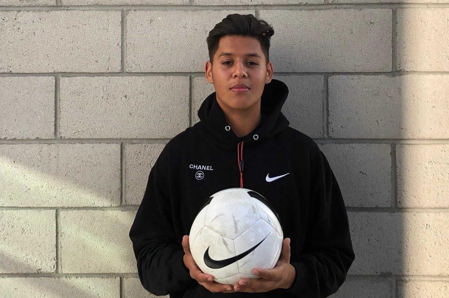 Varsity boys soccer brings fresh faces to the field