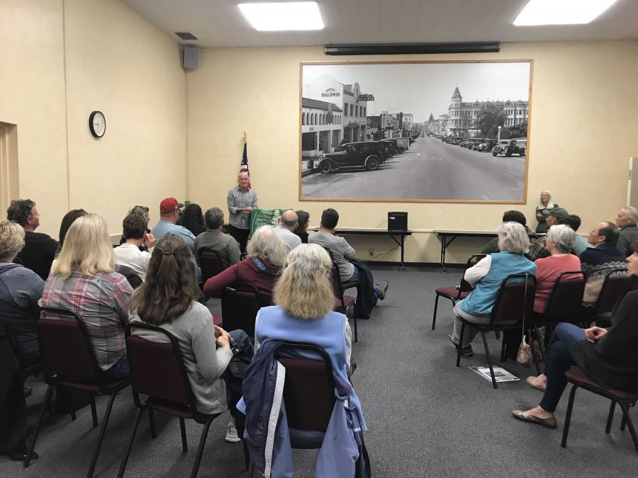 McAlpine+speaks+to+members+of+the+local+Sierra+Club+chapter+at+E.P.+Foster+Library%27s+Topping+Room+on+March+12%2C+2019.+Photo+by%3A+Micah+Wilcox
