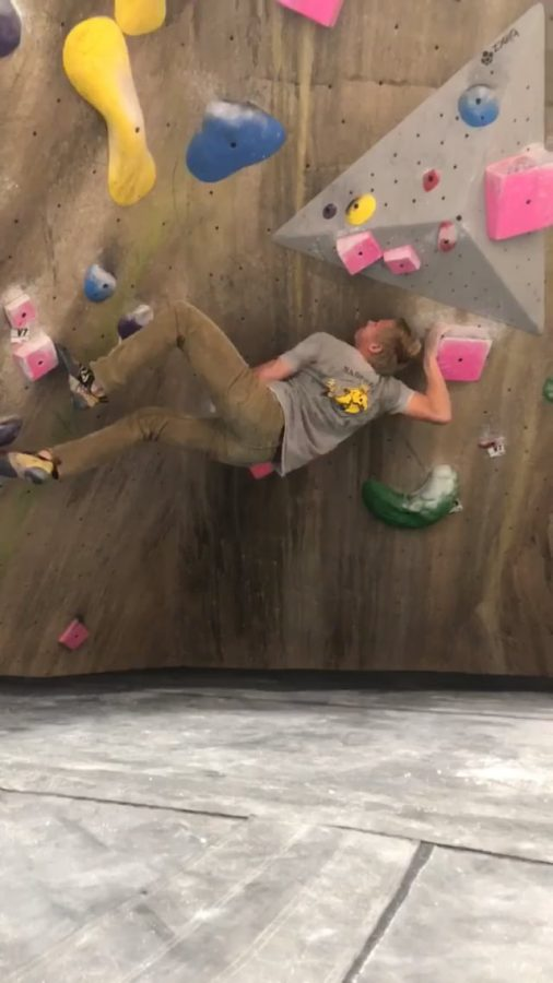VHS+students+climb+their+way+to+the+top+at+Boulderdash
